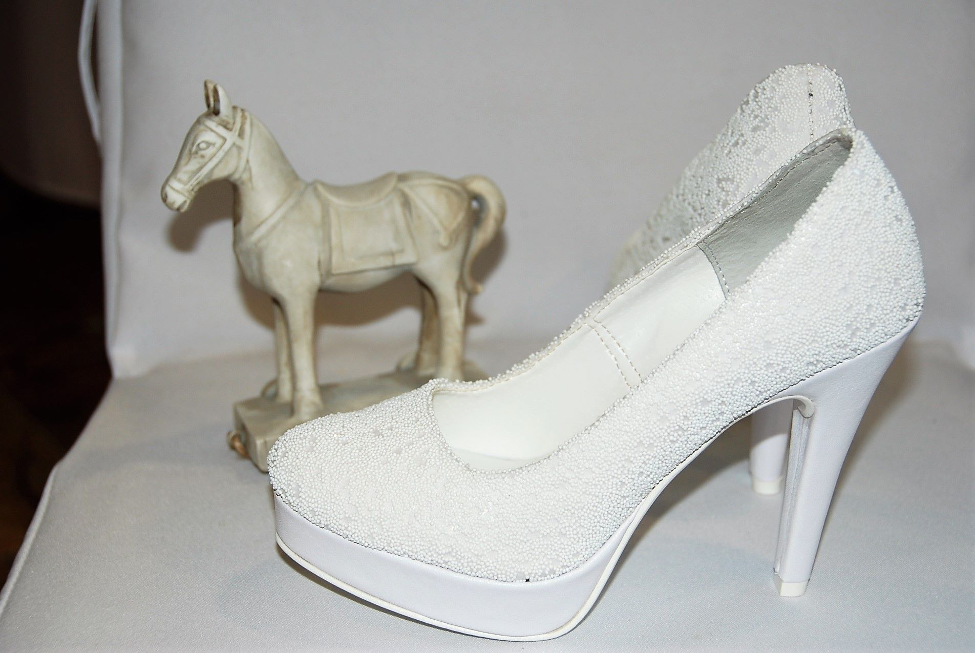 8e945c1b1b44 Svadobné topánky
