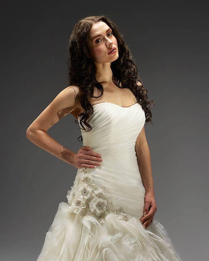 12e722075 Svadobné šaty - Model 11373 | Svadobný salón Karolína