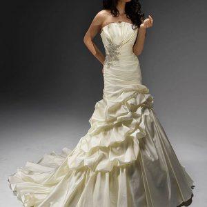 Svadobné šaty - Model 11402