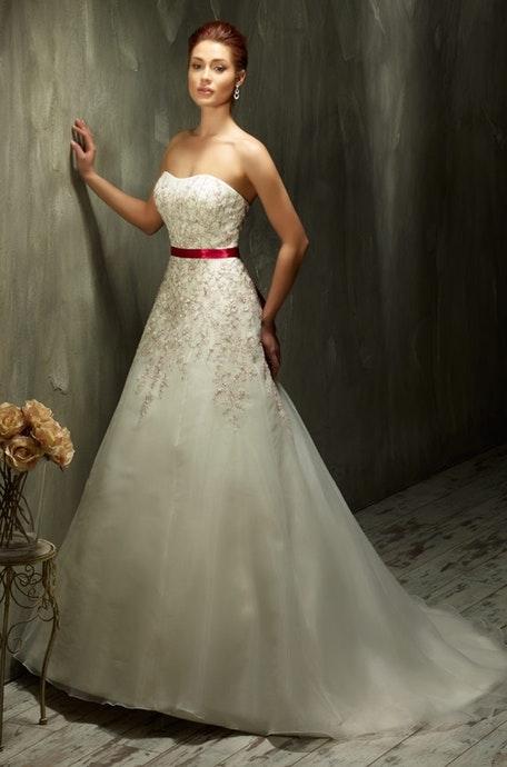 Svadobné šaty - Model 70435
