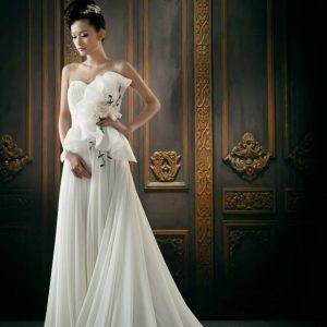 Svadobné šaty - Model E5040